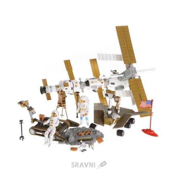 Фото Na-Na Планета путешествий Космическая станция и космонавт (IM66B)